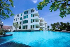 the sanctuary - duplex penthouse Condominiums to rent in Wong Amat Pattaya