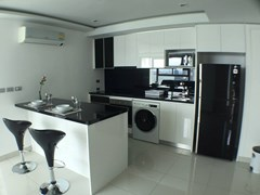 Wong Amat Tower - Condominium - Soi Pho Samphan -